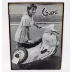 Riproduzione targa storica pubblicita' vespa donna metallo collezionismo