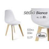 Sedia seduta in plastica bianca gambe in legno arredo design